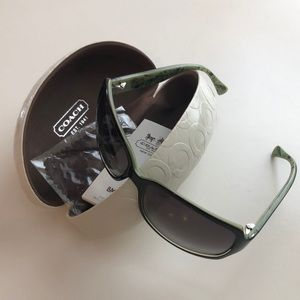 COACH Sunglasses Black/Green with White Case